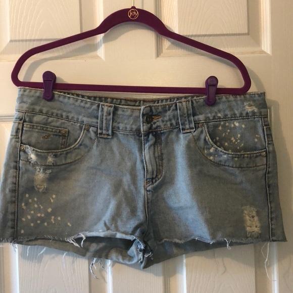 O'Neill Pants - O'Neill Distressed Cut-Off Denim Shorts